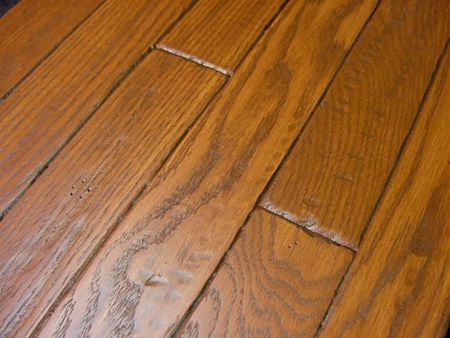 Red oak prefinished hand scraped distressed hardwood for Prefinished flooring