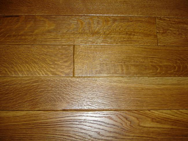 R&Q White Oak Wire Brushed Hardwood Flooring Photo